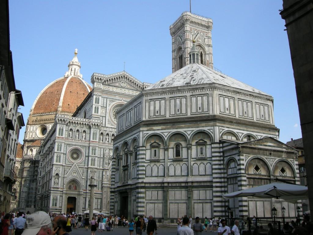 Piazza_san_giovanni_da_via_cerretani_firenze-1024x768